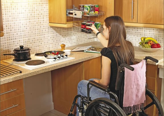Barrier free kitchens for How to find handicap accessible housing
